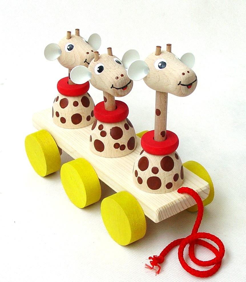 Dřevěné tahací žirafy